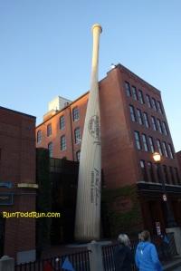 World's larges Louisville Slugger